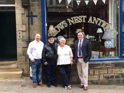 Crowsnest Antiques with celebrity antiques roadshow